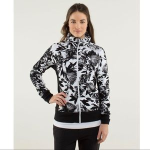 Lululemon Calm & Cozy Jacket Brisk Bloom 12